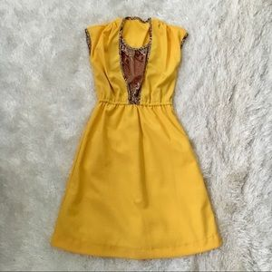 VNTG 1970s Yellow Ribbed Short Sleeve Dress